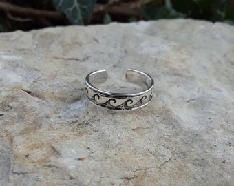 Toe Ring, Solid Sterling Silver Wave Toe Ring, Adjustable Wave Toe Ring
