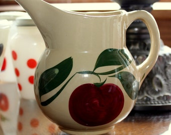 Watt Oven Ware ~ Vintage Orig #15~ Apple No.15 PITCHER Jug ~ Wonderful Condition!
