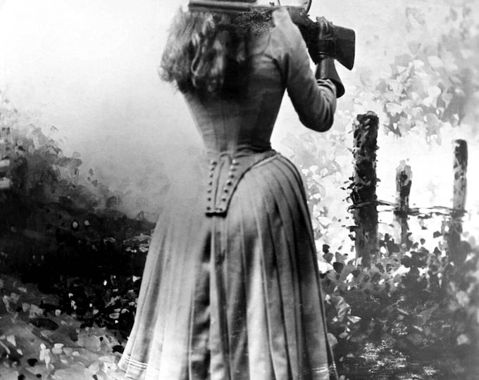 Annie Oakley American Sharpshooter Exhibition Shooter - 5X7, 8X10 or 11X14 Photo (FB-576)
