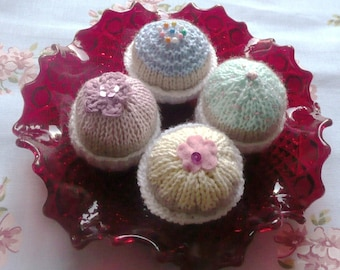 Knitting Pattern Play Food - Cute Cupcakes - Knitted toy