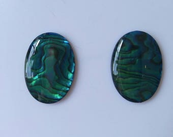 Genuine natural Paua shell cabochon set.