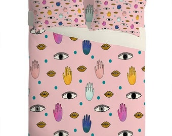 Eyes Hands Lips Pink Lightweight Sheet Set, Eclectic Whimsical Unique Bedroom Decor, Summer Pink Bedroom Decor Gift for Her, Dorm Room Decor