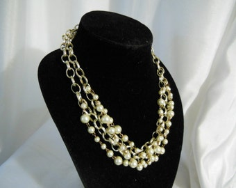 Cluster Pearl Necklace, Layer Pearl Necklace, Multi Strand Necklace, Pearl Bib Necklace, Long Pearl Necklace, Statement Necklace