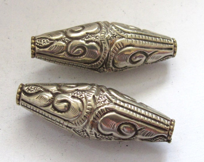 1 BEAD - Tibetan silver bicone shape floral repousse ethnic bead from Nepal - 1 bead -  BD593