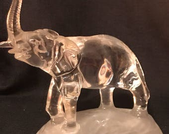 Vintage Elephant Collectible Glass Figurine SALE PRICE was 20.00 now 10.00