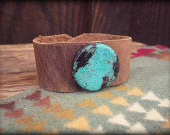 Distressed Leather Cuff Howlite Turquoise Stone Bracelet
