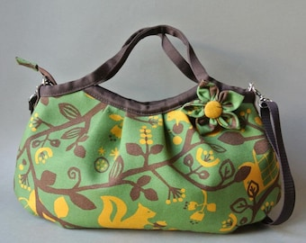 Canvas cotton zippered Mini granny bag with shoulder strap, squirrel in green