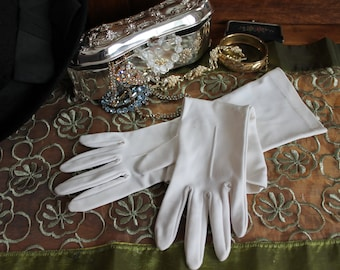 Vintage White Gloves by Kayser Size 6 Formal