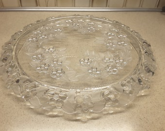 Mikasa Carmen Cake Plate Crystal Snowberry Pattern Frosted Leaves Serving Platter Vintage Crystal Plate