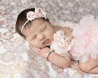 Pink Newborn Girl Romper, Newborn Ruffle Outfit, Newborn Ruffle Romper, Newborn Pink Outfit, Newborn Girl Photo Outfit, Photo Props Newborn