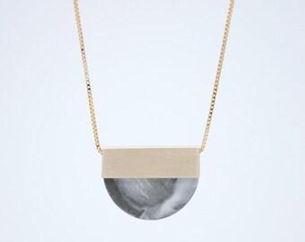 FORMA n.2 / / collier en porcelaine
