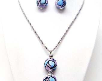 Flat Puffy Round Blue/Pink/Black Glass Pendant Necklace & Earrings Set