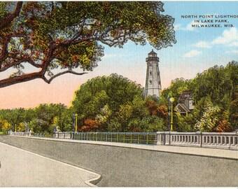 Linen Postcard, North Point Lighthouse, Lake Park, Milwaukee, Wisconsin, ca 1940