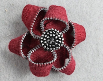 Red Zipper Flower Barrette - Upcycled - Recycled, Repurposed, Flower, Zipper Barrette, Zipper Hair Pin - Zipper Flower - Flower Jewelry