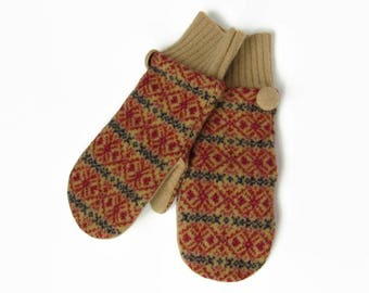Wool Mittens // Fleece Lined Mittens // Recycled Wool Sweater Mittens // Khaki Fair Isle Felted Wool Mittens