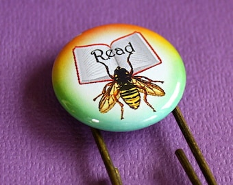 Read Bee Button Bookmark - Giant Paper Clip Bookmark