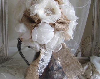 Burlap Bridal Bouquet/Champagne Wedding Bouquet/Rustic Burlap Bridal Bouquet/Bridal Bouquet With Burlap flowers/Country Chic Bridal bouquet