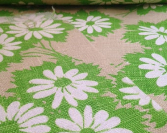 Vintage 70's Green Daisy Fabric