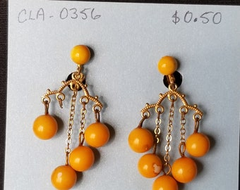 Broken Jewelry can be used for crafts