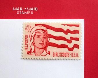 Girl Scouts || Set of 10 unused vintage postage stamps