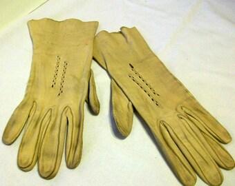 Circa 1950 Ladies Deer Skin Leather Gloves 478415555b1 Free Shipping in USA