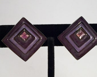 Vintage Purple Clip Earrings. Lavendar Clips. Diamond Shape Clips. Geometric Shape. Enamel and Rhinestone Clip Earrings. Christmas Gift