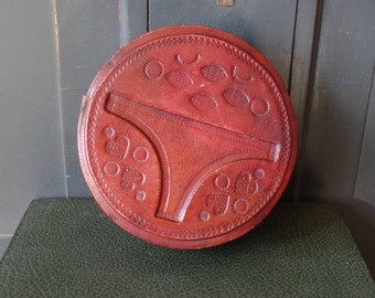 Vintage Leather Box, Round, Jewelry, Keepsake, Trinket, Collectible, Storage Organization, Home Decor