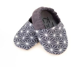 Grey star soft sole shoes