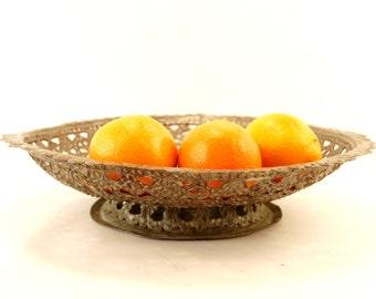 """Vintage Ornate Hammered Copper Pedestal Bowl, 15"""" diameter (c.1970s) - Rustic Metal Bowl, Large Fruit Bowl"""