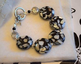 Glass and Pressed Shell Bracelet