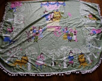 Amazing Wizard Of Oz Throw Pom Pom Blanket Table Cloth. Retro 70s Wizard Of Oz Blanket With Ball Fringe. Rare Adorable Oz Air Balloon Throw