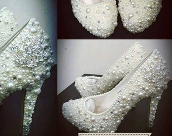 Pearl wedding shoes. Bridal shoes.  Wedding heels. Traditional wedding.
