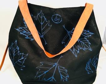 "Canvas tote bag, dark blue, ""leaves"""