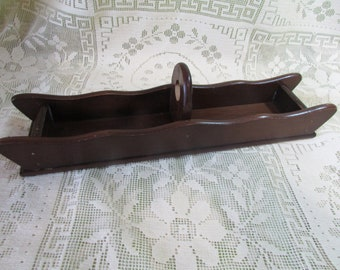 Wooden Cracker Tray, VINTAGE Cracker Holder, vintage Farmhouse Kitchen Decor, VINTAGE Serving Caddy Cracker