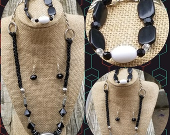 BLACK AND white Leather and Silver Necklace with black onyx pendant