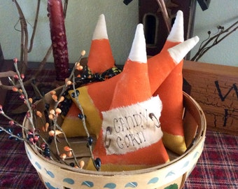 Primitive candy corn bowl fillers(small)