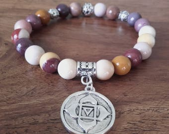 """Change"" bracelet, Jasper mookaite, beads and charms chakra root in silver"