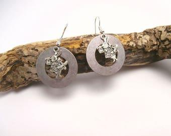 Earrings dangling rabbit charm