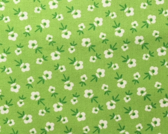 Lakehouse Dry Goods Floral Green Toss 1930's Reproduction Quilt Fabric