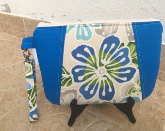 Summer Clutch, Wristlet Purse, Blue Flower Purse, Handmade in Portugal