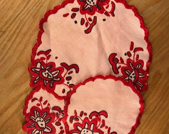 Set of 3 Vintage Embroidered Doilies