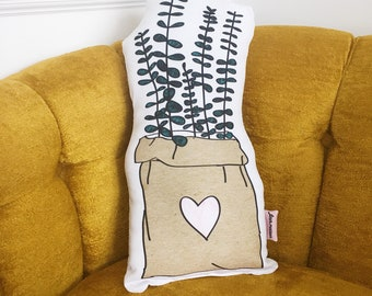 Cushion bag of love