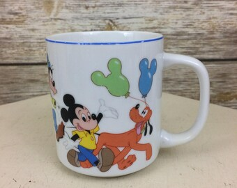 Disneyland Walt Disney World Made In Japan Mickey Mouse & Friends Parade Coffee Mug