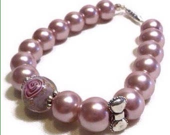 Old pink pearls bracelet / vintage pink / Tan / pink and purple, flower lampwork, romantic, baroque Pearl