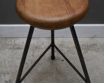 Industrial style bar stool with Oak seat and metal legs