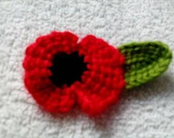 Red poppy crocheted brooch | crochet poppy badge | knitted poppy flower brooch charity UK