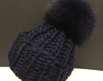 Chunky Bulky Navy Blue Wool Hat - Navy Blue Raccoon Fur Pom Pom - Hand Knit -