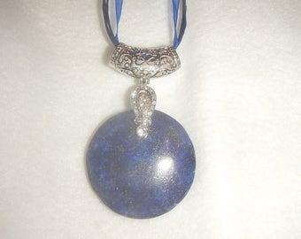 Round Blue Lapis Lazuli pendant necklace (JO610)