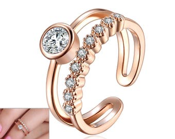 Elegant Double Band Toe Ring with Crystal Gemstones - Silver & Rose Gold