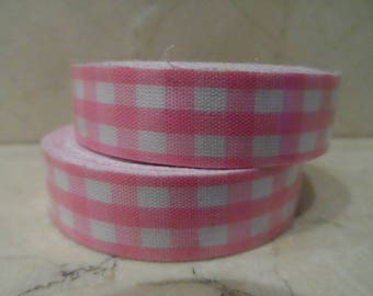 1 roll of adhesive fabric pink gingham 5 meters